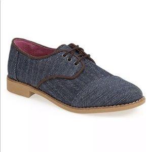 Tom's Size 6 Brogue Oxford Flats Blue Herringbone